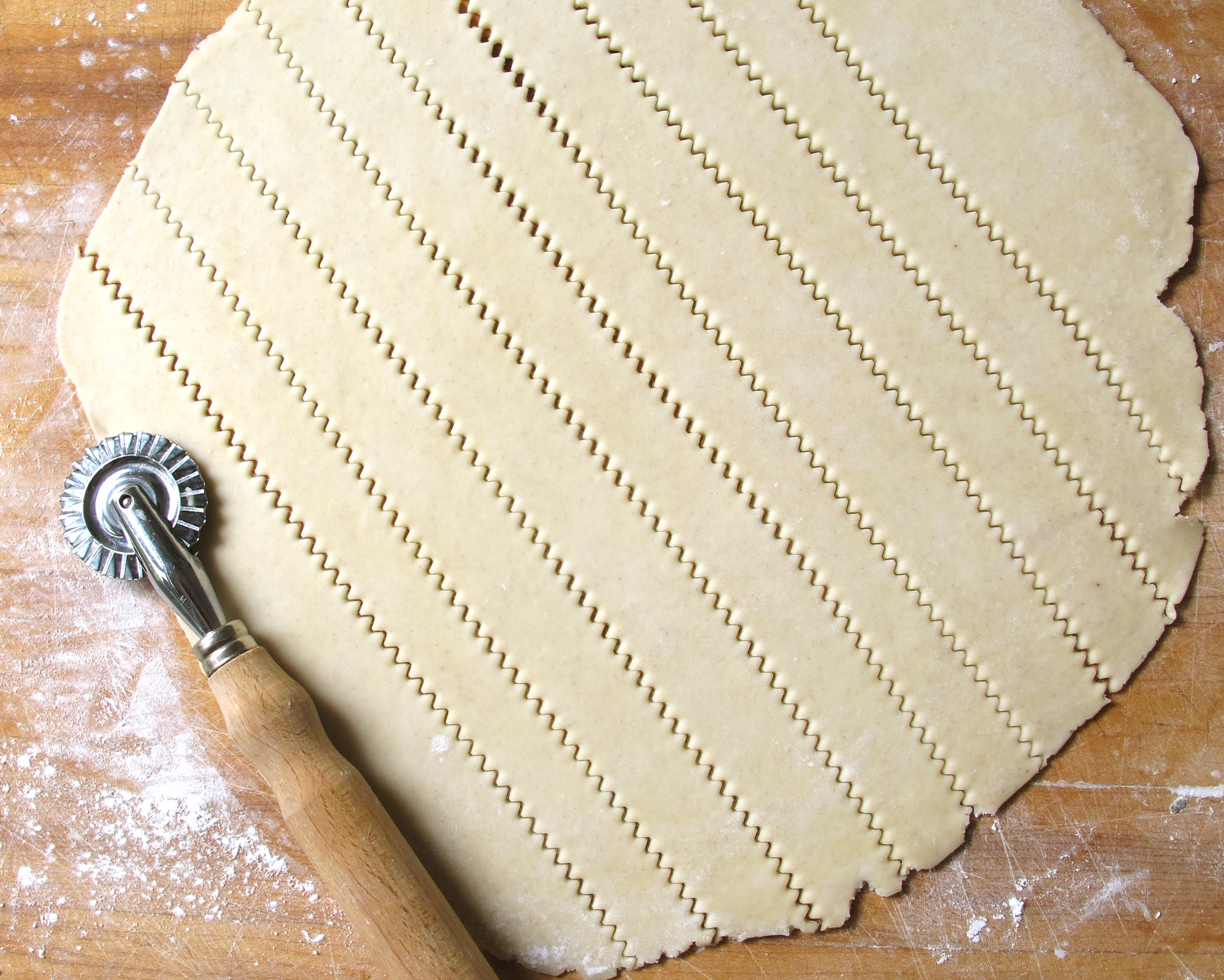 how to make lattice top out of frozen crust