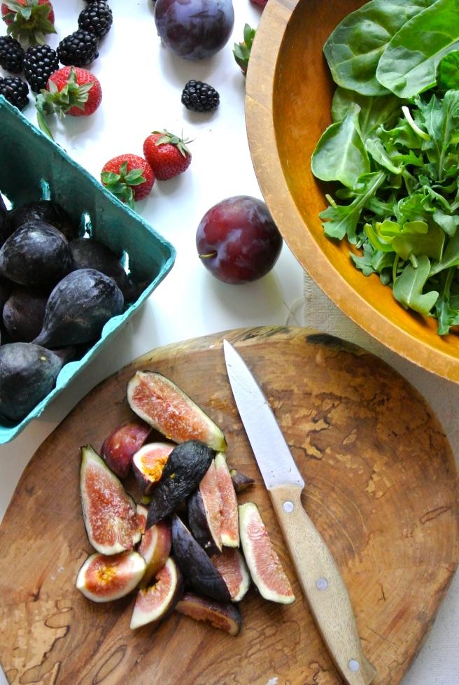 Figs on cutting board